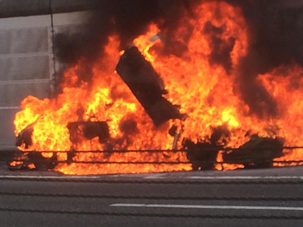 火災 首都 高速